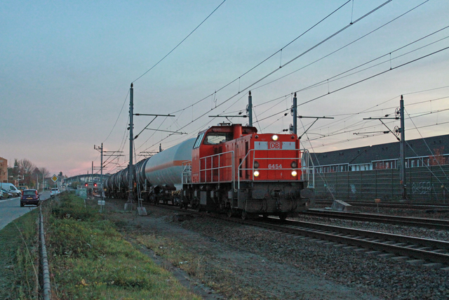 Foto van DBC MaK 6400 6454 Diesel locomotief door best trains