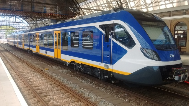 Foto van NS SNG CAF Civity 2331 Electrisch treinstel door Rupsje
