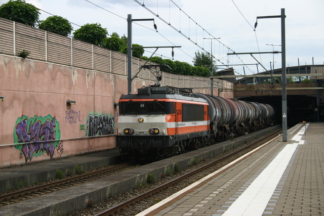 Foto van Locon Alsthom 1600/1800 9904 Electrische locomotief door best trains