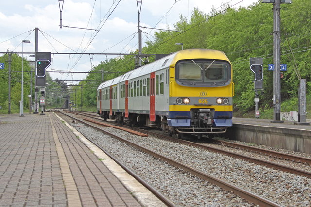 Foto van NMBS MS86 935 Electrisch treinstel door best trains