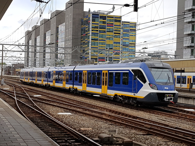 Foto van NS SNG CAF Civity 2710 Electrisch treinstel door wyke2207