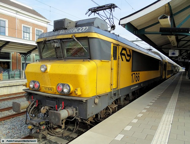 Foto van NS Alsthom 1700 1766 Electrische locomotief door PublicTransportNetherlands