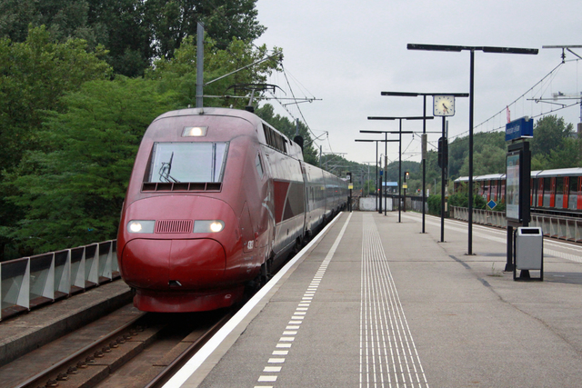Foto van Thalys TGV 4303 Electrisch treinstel door best trains