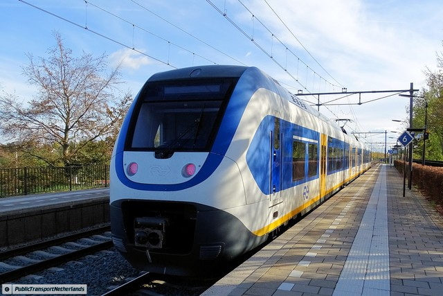 Foto van NS SLT 2447 Electrisch treinstel door PublicTransportNetherlands
