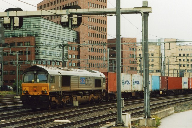 Foto van Crossrail EMD Class 66 3 Diesel locomotief door LeoScribens