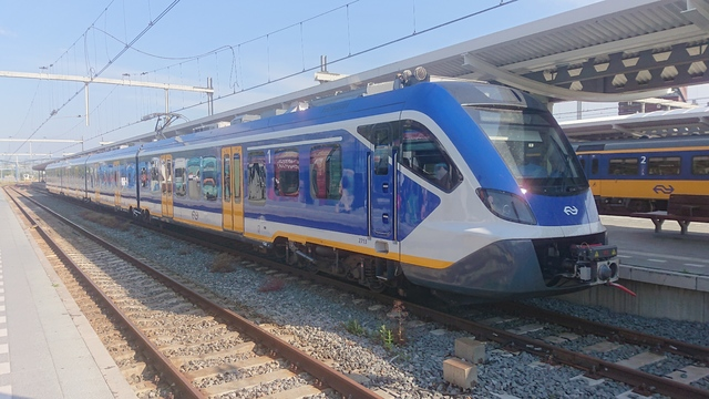 Foto van NS SNG CAF Civity 2713 Electrisch treinstel door Treinspotterrtd