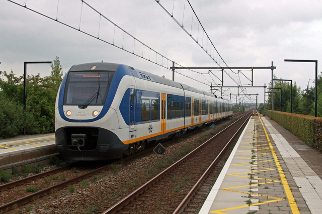 Foto van NS SLT 2660 Electrisch treinstel door best trains