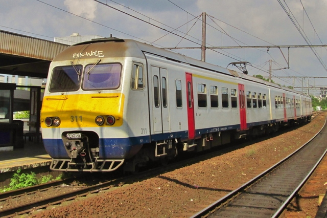 Foto van NMBS MS80 311 Electrisch treinstel door LeoScribens