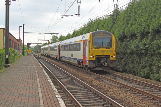 Foto van NMBS MW41 4180 Diesel treinstel door best trains