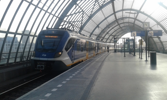 Foto van NS SNG CAF Civity 2705 Electrisch treinstel door Roger Hanenburg
