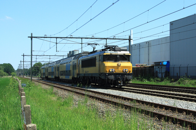 Foto van NS Alsthom 1700 1766 Electrische locomotief door best trains