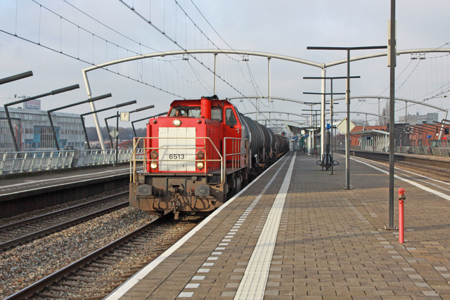 Foto van DBC MaK 6400 6513 Diesel locomotief door best trains