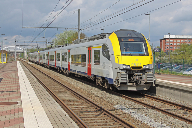 Foto van NMBS MS08 Desiro ML 8111 Electrisch treinstel door best trains