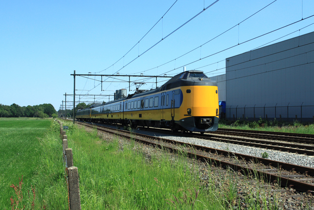 Foto van NS ICM 4058 Electrisch treinstel door best trains