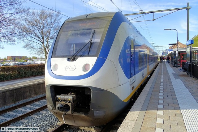 Foto van NS SLT 2437 Electrisch treinstel door PublicTransportNetherlands