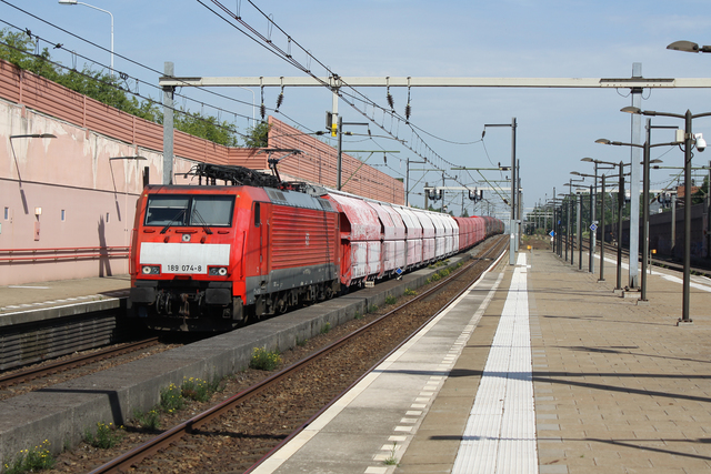 Foto van DBC Siemens ES64F4 189074 Electrische locomotief door best trains