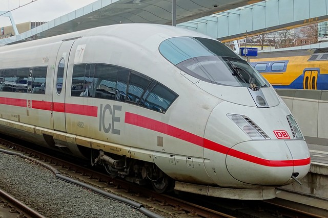 Foto van NS ICE-3M 4682 Electrisch treinstel door PublicTransportNetherlands