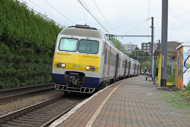 Foto van NMBS MS80 351 Electrisch treinstel door best trains