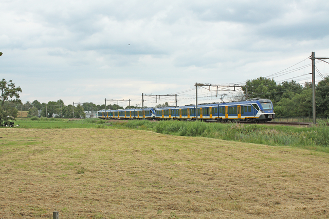 Foto van NS SNG CAF Civity 2715 Electrisch treinstel door besttrains