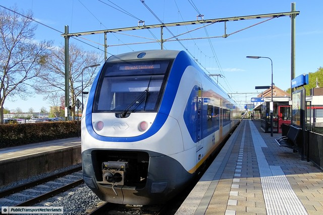Foto van NS SLT 2627 Electrisch treinstel door PublicTransportNetherlands