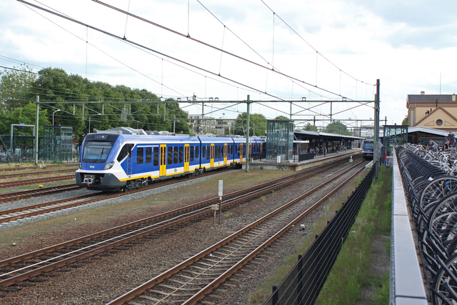 Foto van NS SNG CAF Civity 2713 Electrisch treinstel door besttrains