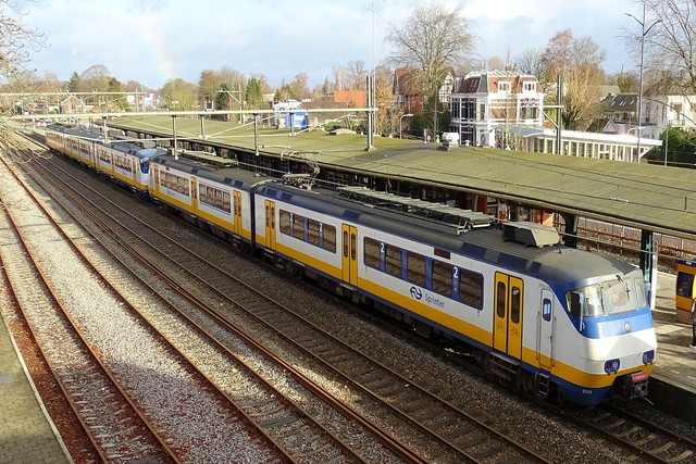 Foto van NS SGM 2123 Electrisch treinstel door PublicTransportNetherlands