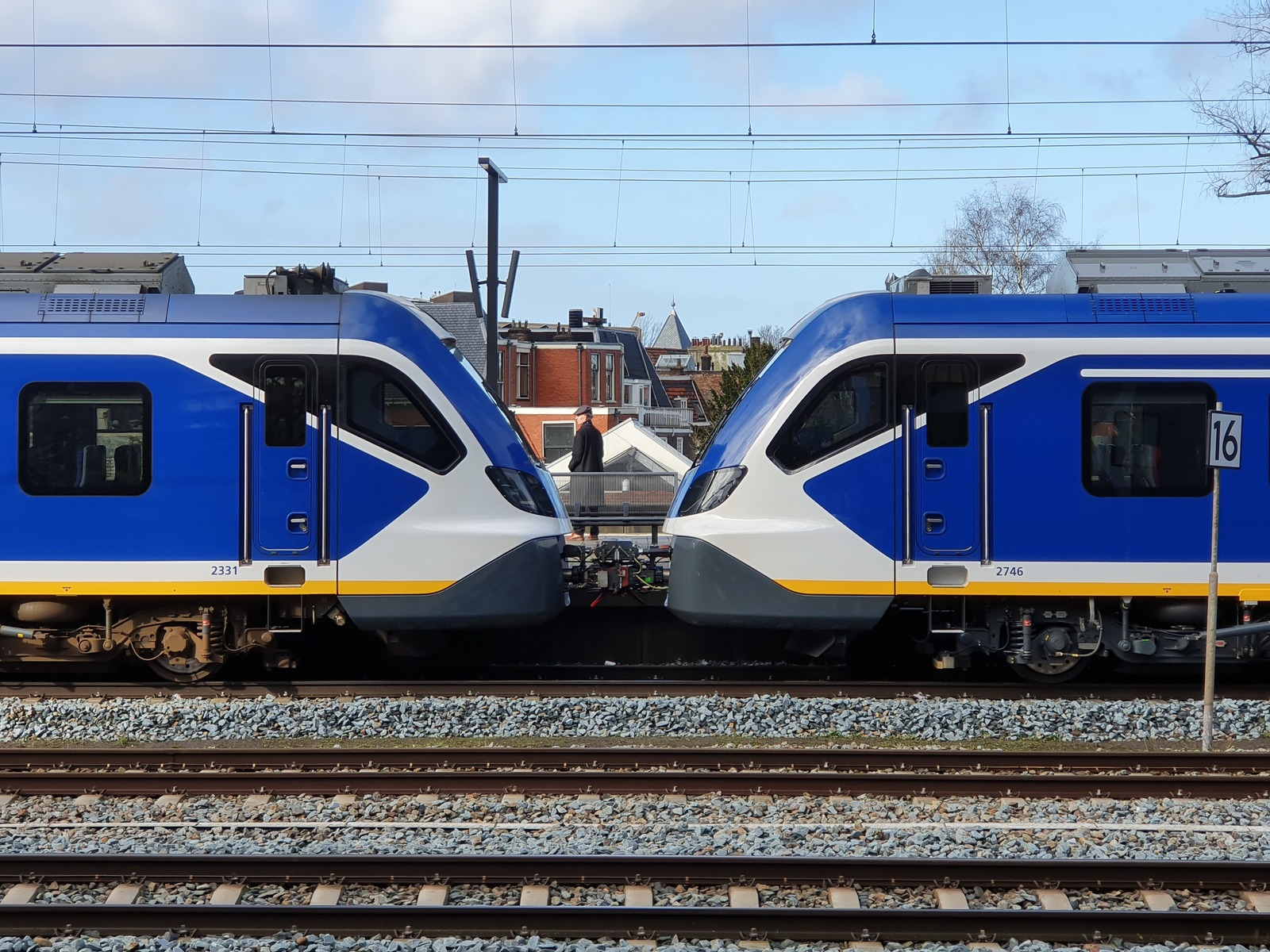Foto van NS SNG CAF Civity 2331
